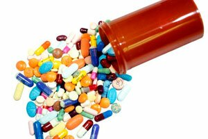 препараты и баночка